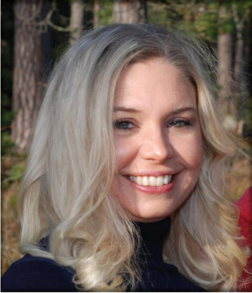 Denna bild har ett alt-attribut som är tomt. Dess filnamn är Maria-Bergqvist-883x1024.jpg